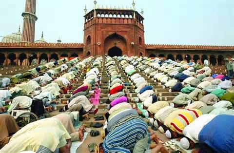 islamprayercrowd
